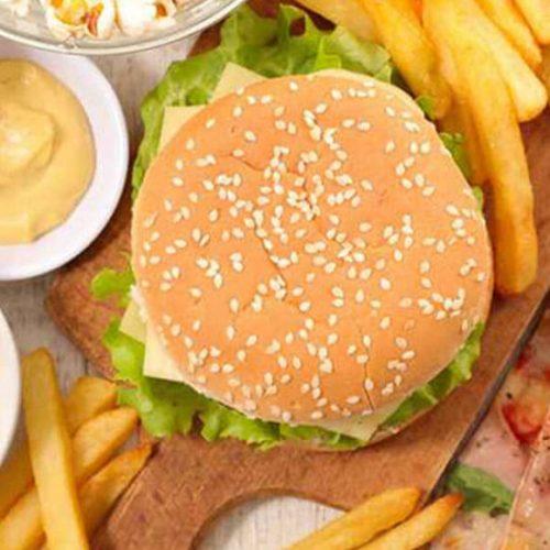 Intervista a Giuliana Guadagnini riguardo ai disturbi alimentari; l'impatto del lockdown sulla dieta degli adolescenti